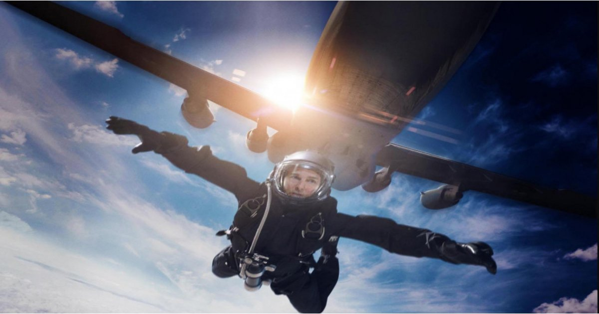 It's official: Tom Cruise IS going to space for his next movie in 2021