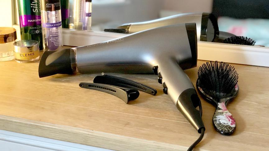 Les meilleurs sèche-cheveux pour cheveux bouclés, fins, épais et crépus