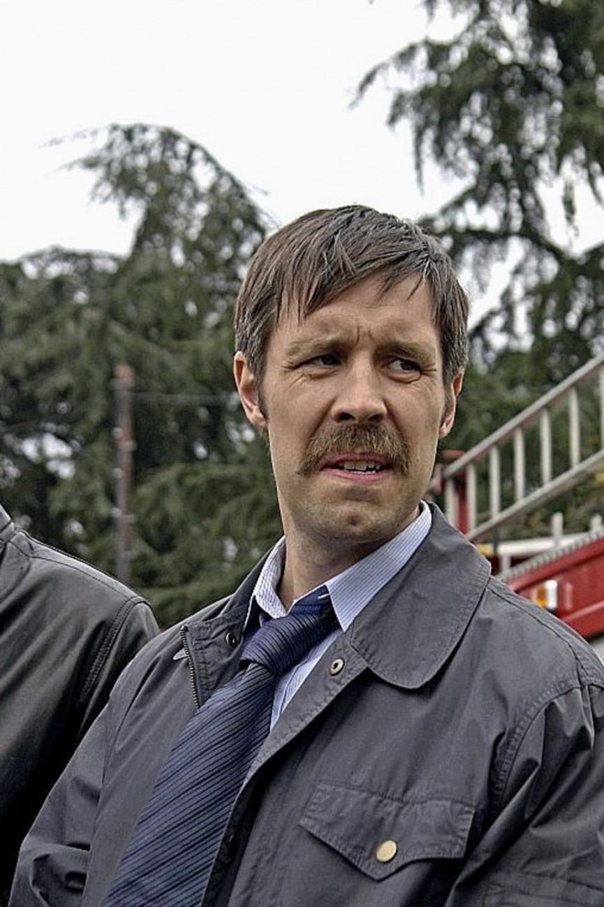 [Image: 50-best-movie-moustaches-38-1556697892-S...inline.jpg]