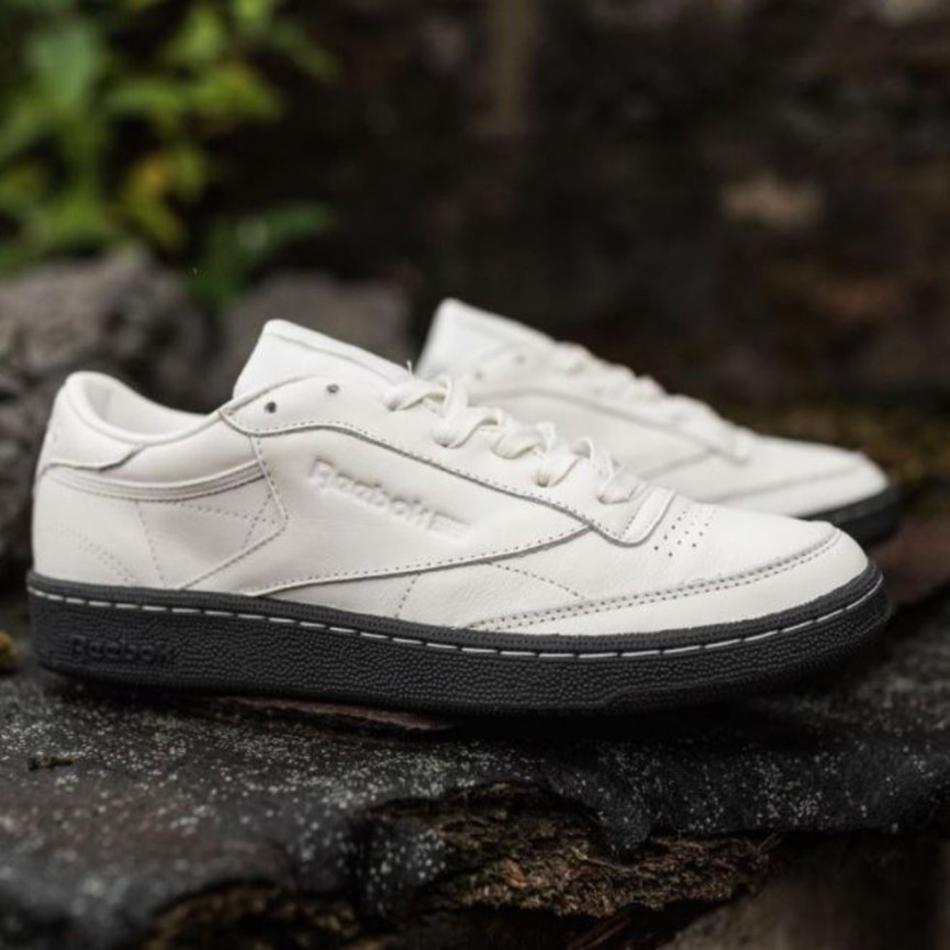 42d5932daad39 (Trainer pictured  Nike Skateboarding Blazer Zoom Low in khaki with mint  accents)